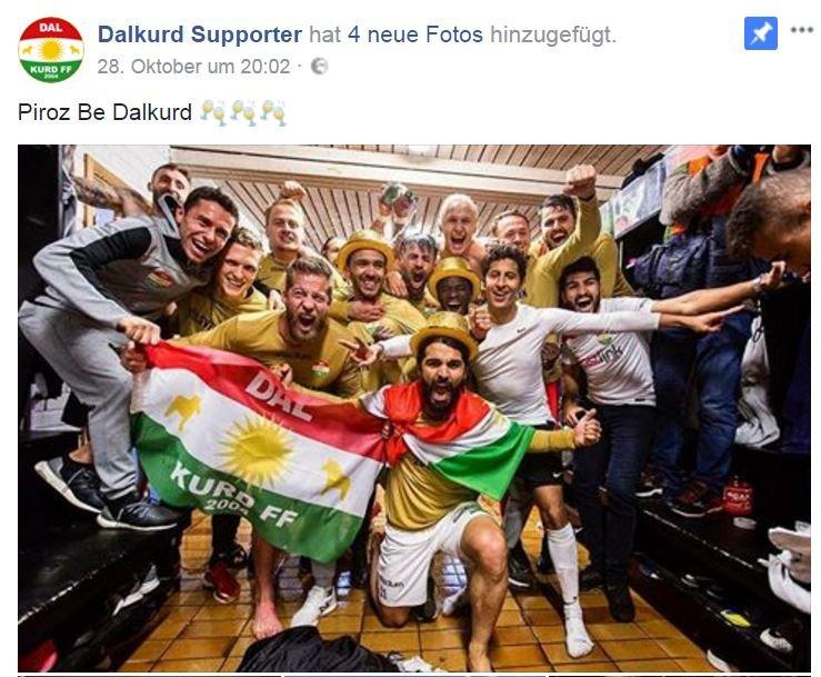 فريق دالكورد أثناء الاحتفال بالصعود للدوري السويدي الممتاز