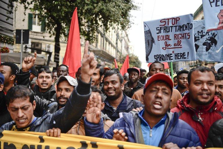 Migrants at a rally in Naples, Italy | Photo: ANSA/CIRO FUSCO