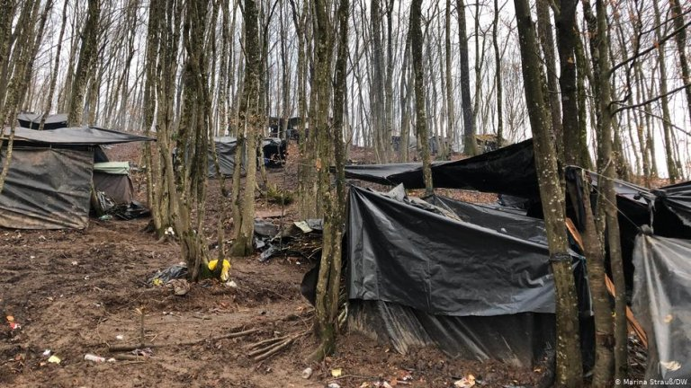 Refugees and migrants have taken to living in makeshift forest camps in Bosnia | Photo: Marina Strauss/DW