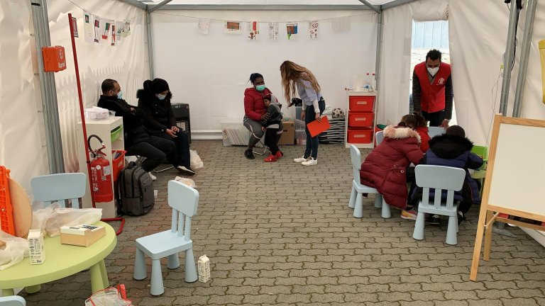 The Child-Sized Space set up by Caritas and Save the Children in Ventimiglia | Photo: ANSA/UFFICIO STAMPA (Press Office) Save the Children
