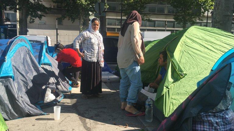 139 personnes -dont une grande majorité de familles - ont été évacuées de la porte d'Aubervilliers vendredi 12 juillet 2019, parmi elles, 131 vivaient sur le campement installé quelques jours plus tôt.