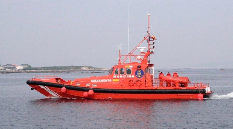 Un bateau de secours espagnol. Crédit : SASEMAR / Twitter)
