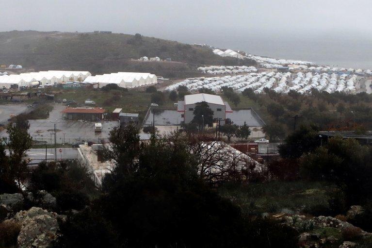 Vue générale du camp de Kara Tepe, à Lesbos. Crédit : Reuters