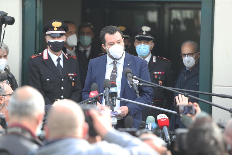 League leader Matteo Salvini talks to reporters in Palermo, Sicily, on January 9, 2021. The League was in the bunker hall of the Ucciardone prison in Palermo for the preliminary hearing against him over the Open Arms case | Photo: ANSA/ IGOR PETYX