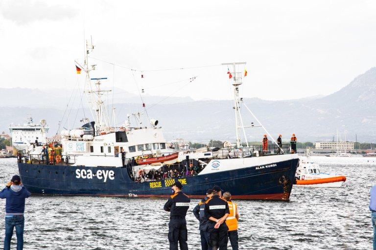 The ship Alan Kurdi, from the Sea-Eye ngo, arrives at the industrial port of Olbia, Sardinia | Photo: ANSA/GIAN MARIO SIAS