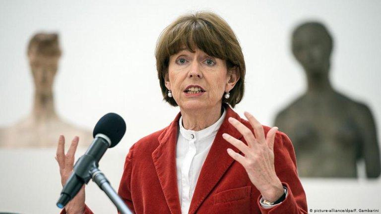 Cologne Mayor Henriette Reker   Photo: Picture-alliance/dpa/F.Gambarini