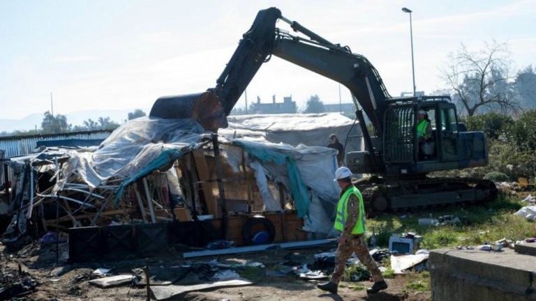 Démantèlement du bidonville de San Ferdinando en Calabre dans le sud de l'Italie, le 6 mars 2019. Crédit : Ansa