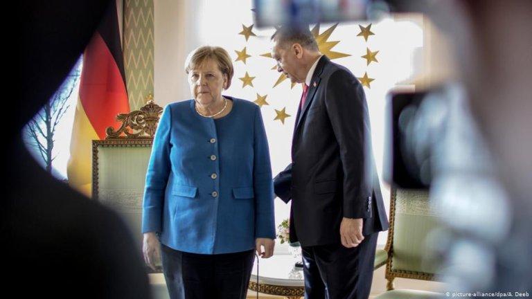 انگلا مرکل صدراعظم آلمان و رجب طیب اردوغان در استانبول