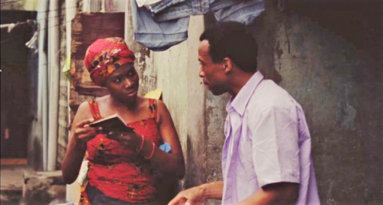"""بطل الفيلم موفي حصل أخيراً على جواز سفر. لقطة من الفيلم النيجيري """"هذه هي رغبتي"""" الذي عرض في مهرجان برلين السينمائي"""