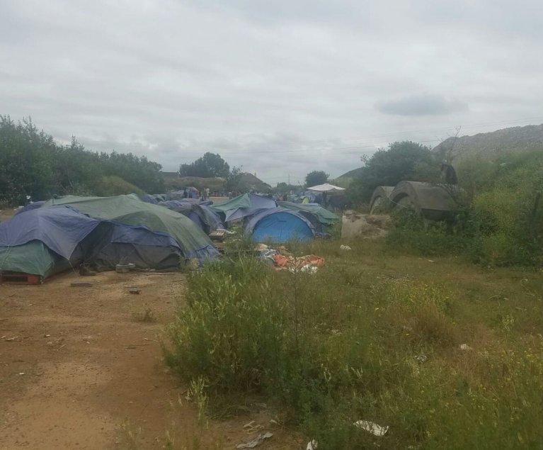 Un campement avec 150 migrants a été évacué mardi 9 juillet à Calais. Crédit : Human rights observers / Auberge des migrants