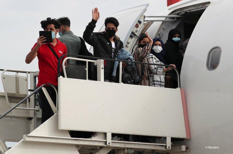 برتانیا ته انتقال شوي مهاجر. کرېډېټ: رویترز