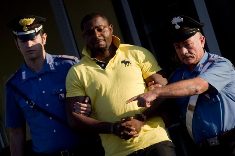 An operation conducted by Italian police against Nigerian organized crime | Photo: ANSA/CIRO FUSCO
