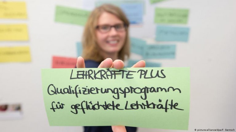 "The program ""Lehrkräfte Plus"" in Germany trains refugees to become teachers 
