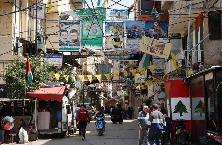 مخيم برج البراجنة للاجئين الفلسطينيين جنوب بيروت، 6 نيسان\أبريل 2021. رويترز