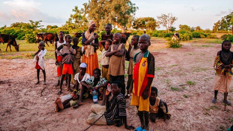 Raquel Maria Carbonell Pagola/LightRocket via Getty Images  Des enfants dans un village proche de Segou au Mali. (Image d'illustration)