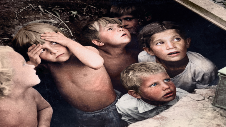 الصدمات والحروب وتأثيراتها على الأطفال والمراهقين  ( Jared Enos)