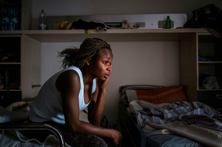 Mary, nigérienne de 17 ans vit aujourd'hui en Italie. Crédit : Unicef