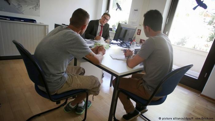 Un entretien de demande d'asile en Allemagne