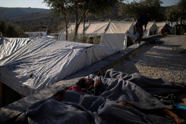 کډوال د یونان په ټاپوګانو  کې په ډېرو سختو شرایطو کې اوسېږي. کرېډېټ: کډوال نیوز