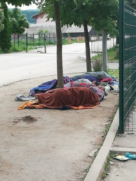In Bihac, Bosnia, many migrants are being forced to sleep rough | Photo: IFRC