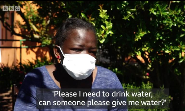 Aïcha, jeune Ivoirienne de 17 ans, a survécu après 22 jours à la dérive sur un canot. Crédit : capture vidéo BBC