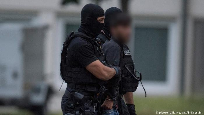 The suspect has been brought back to Germany | Credit: picture-alliance/dpa/B.Roessler