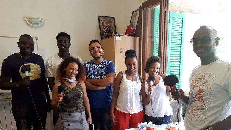 © MicroCamp Radio |Atelier Microcamp Radio au Migrant Community center à Beyrouth.