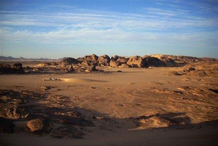 Photo : Str /AFP |Le désert de Tamanrasset, au sud de l'Algérie, région frontalière avec le Niger et le Mali