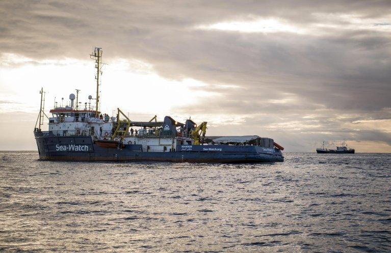 "ANSA / سفينة الإنقاذ ""سي ووتش"". المصدر: أنسا/ ريني روسينواد."