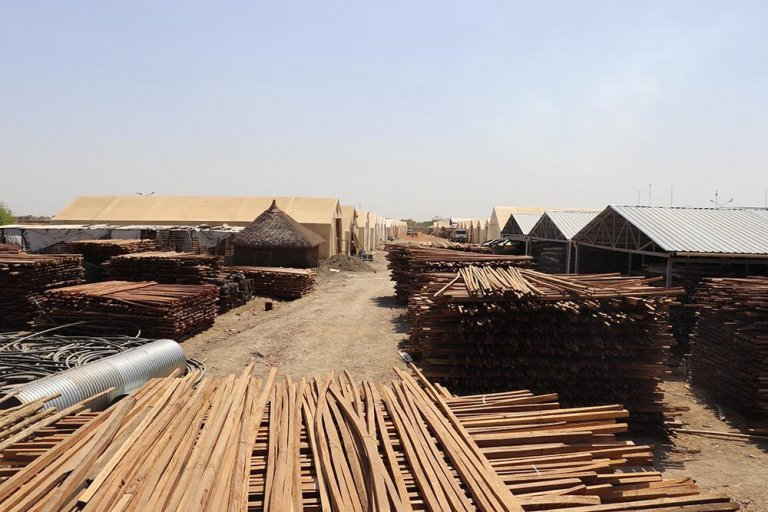 According to the IOM, the solar panels will reduce the diesel fuel usage of the IOM-managed humanitarian hub in Malakal, South Sudan, by up to 90 percent | Photo: IOM/Angela Wells