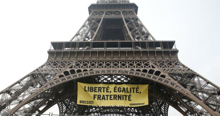 Fondamentale FranceL'égalité Est Valeur Une De Homme En Femme La nwyv0OP8mN
