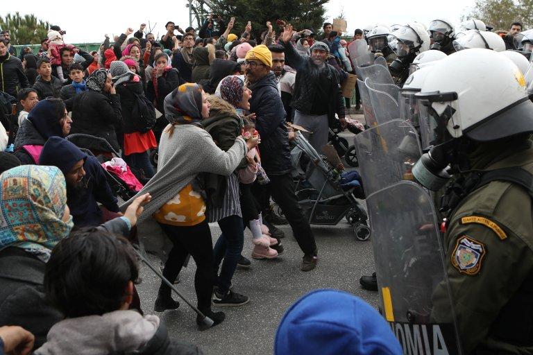 عکس آرشیف از تظاهرات مهاجران ساکن در کمپ موریای جزیره لسبوس در یونان