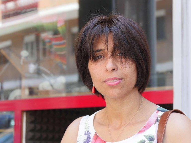 """""""كنت أشعر كأني داخل قمقم، لم أكن أعرف اللغة ولم يكن باستطاعتي التواصل مع الناس""""... مريم مهاجرة ليبية إلى إيطاليا. الصورة: ANSA"""