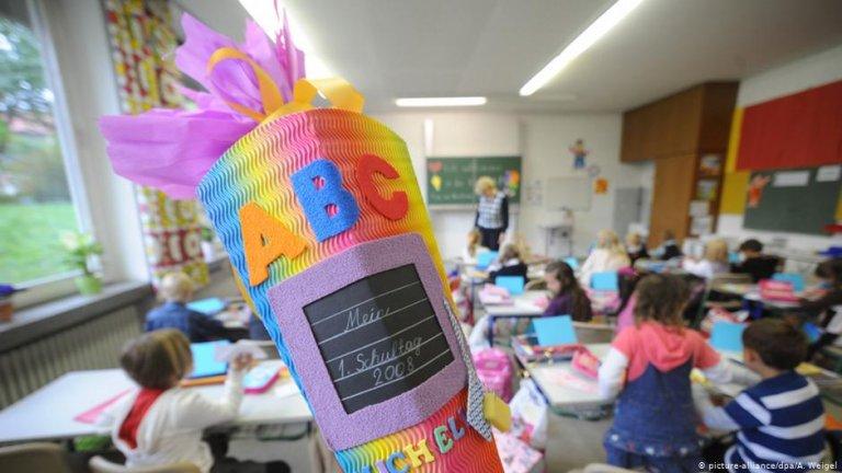 از سال ۲۰۱۳ تا ۲۰۱۸ رقم دانش آموزان خارجی در مکاتب ابتدایی آلمان از ۶.۶ درصد به ۱۱.۶ درصد افزایش یافته است.
