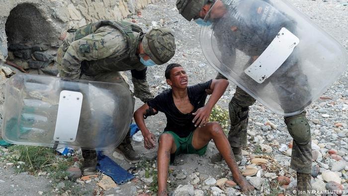 انهار أشرف بعد فشل محاولة الهجرة وإلقاء القبض عليه في سبتة