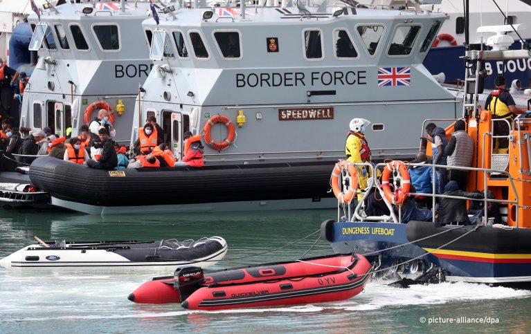 A group of people thought to be migrants are brought into Dover, Kent, by the RNLI following a small boat incident in the Channel, picture taken on Wednesday September 2, 2020 | Photo: IMAGO
