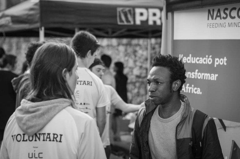 Ousman vit en Espagne et dirige une association dans son pays d'origine, le Ghana. Crédit : Ousman Umar