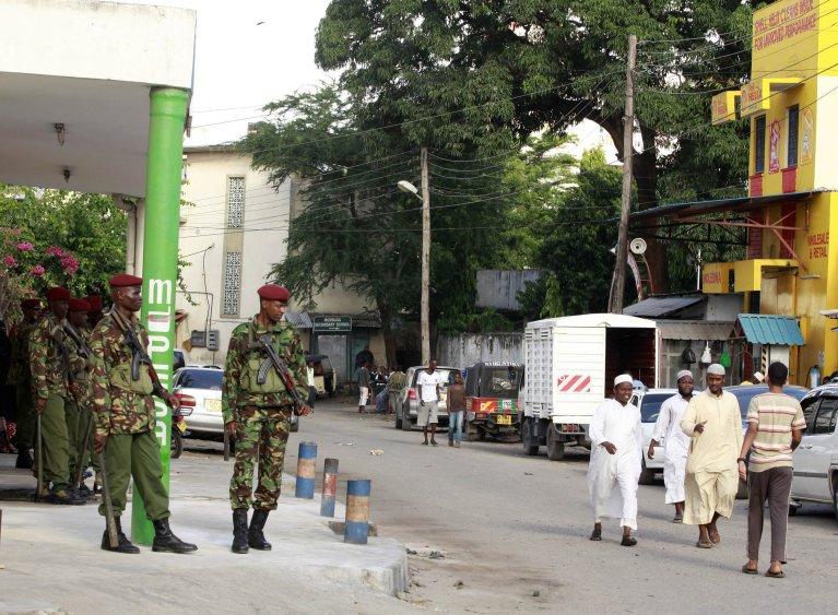 REUTERS/Joseph Okanga  Membres des GSU (forces militaires et de police kényanes), en 2014 (illustration).