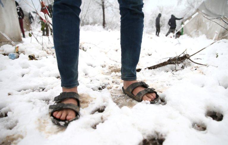 أقدام مهاجر في مخيم فوتشياك في البوسنة. المصدر:رويترز
