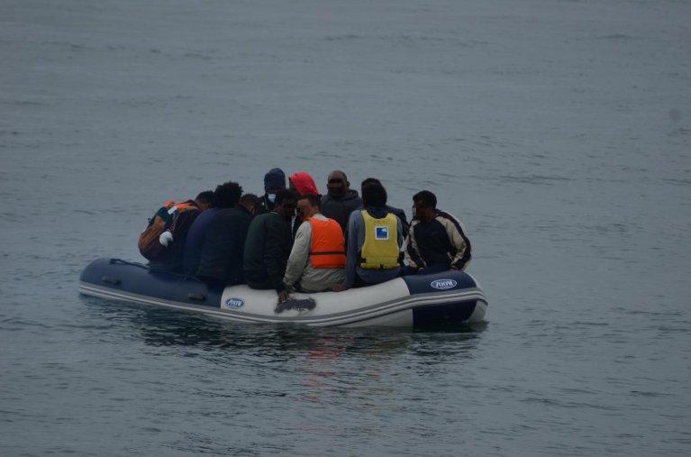 Sauvetage d'une embarcation de migrants au large de Calais le 14 juillet 2020. Image d'illustration. Crédit : Préfecture maritime de la Manche