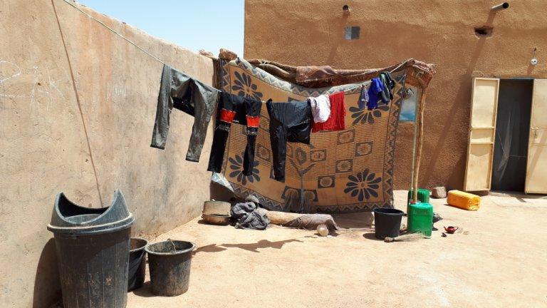RFI/Bineta Diagne |Ghetto où vivent des migrants Maliens à Agadez au Niger. (image d'illustration)