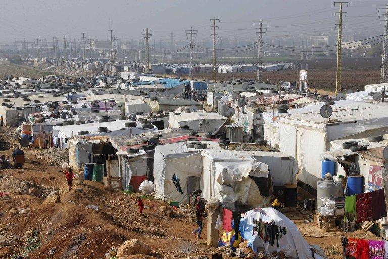 أحد مخيمات اللاجئين السوريين في منطقة البقاع، شرق لبنان. أرشيف