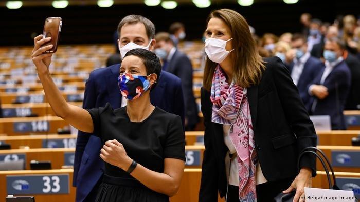 مريم كيتير وزيرة من أصول مغربية ضمن الحكومة البلجيكية الجديدة