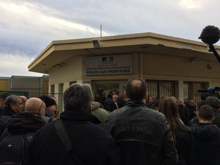 Les locaux de la Police aux frontières de Menton. Crédit : RFI