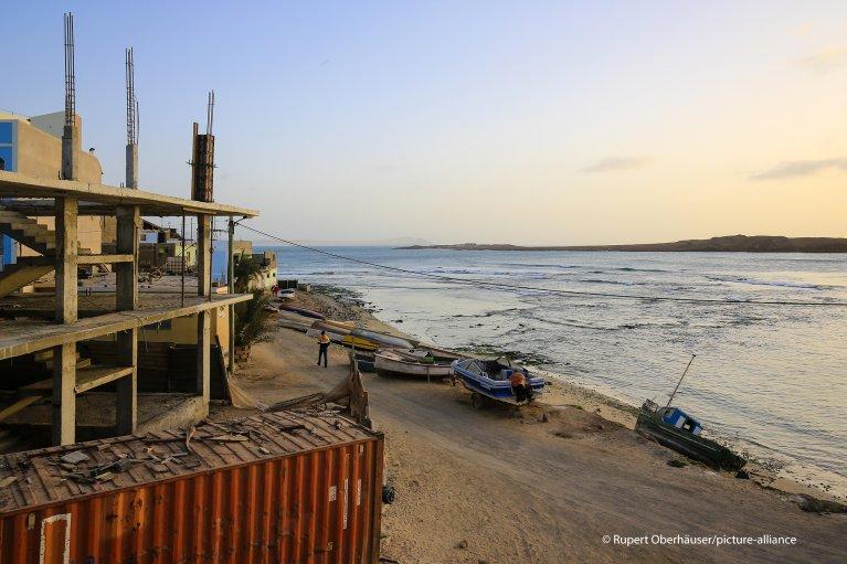 From file: Sal Rei fishing port, Boa Vista, Cape Verde | Photo: picture-alliance