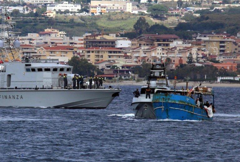 A migrant ship rescued by finance police in Reggio Calabria   Photo: ARCHIVE/ANSA