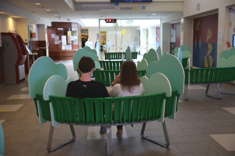 The waiting room of the Meyer hospital in Florence, Italy | Photo: ANSA/Ufficio Stampa Ospedale Meyer