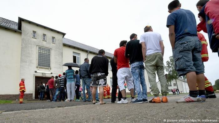 picture-alliance/dpa/H. Hollemann