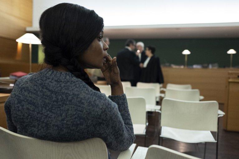 ROMAIN LAFABREGUE / AFP |La salle d'audience avant le début du procès, le 6 novembre 2019. 23 personnes sont jugées en correctionnelle pour leur implication dans un vaste réseau de prostitution de femmes nigérianes.