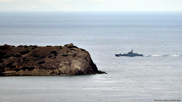 Turkish and Greek coast guards patrol the Aegean Sea